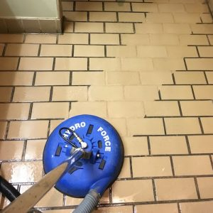 Tile cleaning hydroforce