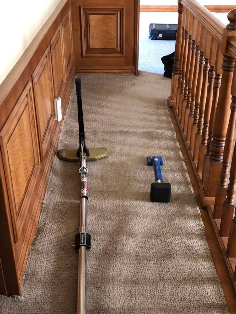 Carpet Stretching In Progress Hallway Mss Cleaning